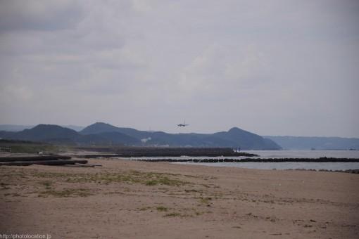 鳥取空港裏の砂浜